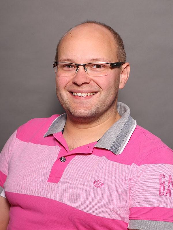 Bastian Höveler