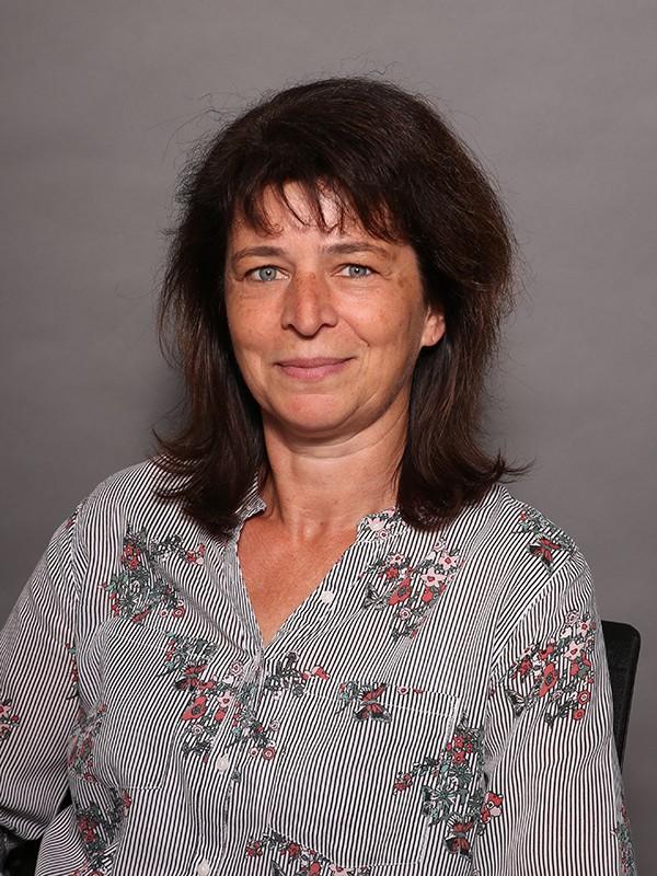 Elvira Schuster